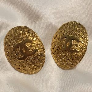 Authentic Vintage CHANEL EARRINGS